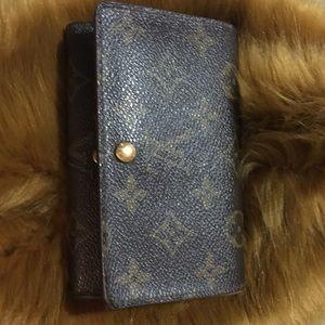 Louis Vuitton Women's Wallet